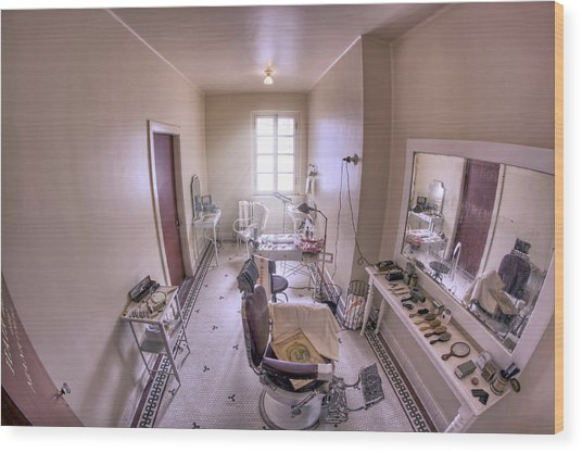 Hair Dressing Room At Fordyce Bath House - Hot Springs - Arkansas Wood Print