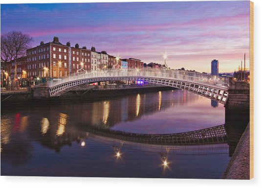 Wood Print featuring the photograph Hapenny Bridge At Dawn - Dublin by Barry O Carroll