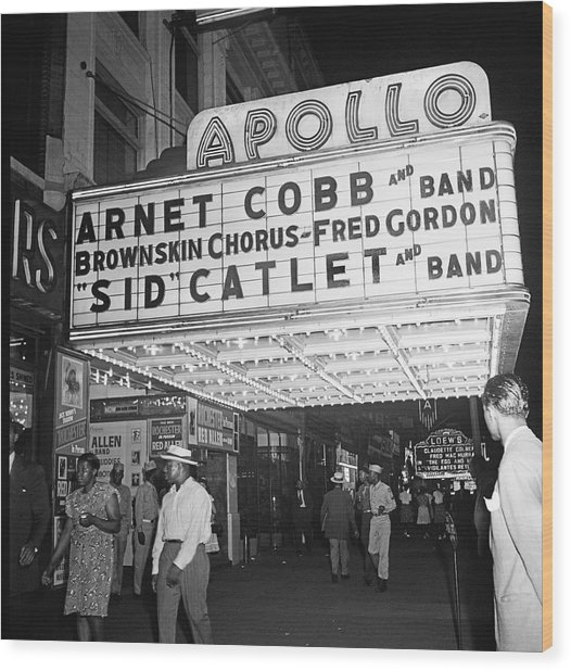Harlem's Apollo Theater Wood Print