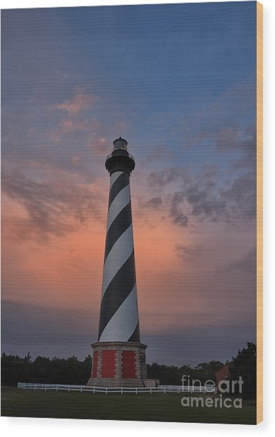 Hatteras Lighthouse Dawn Wood Print