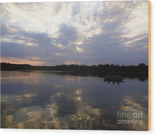 Heading Home On Lake Roosevelt In Outing Minnesota Wood Print