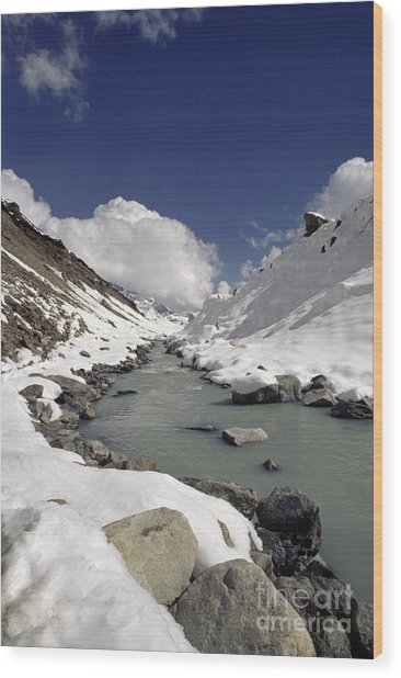 Headwaters Of Barun Khola - Makalu Base Camp Wood Print
