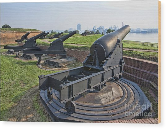 Heavy Cannon At Fort Mchenry In Baltimore Maryland Wood Print by William Kuta