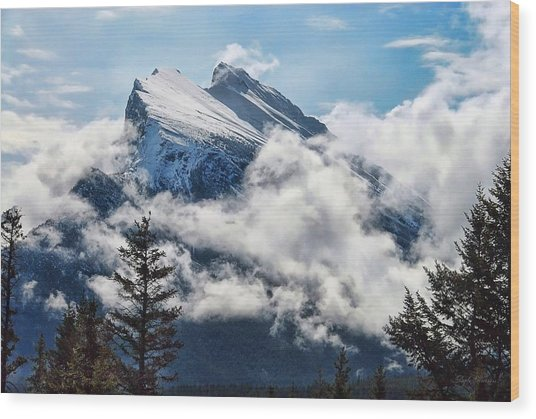Her Majesty - Canada's Mount Rundle Wood Print