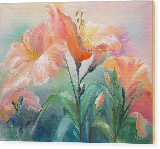 Hibiscus Wood Print by Marina Wirtz