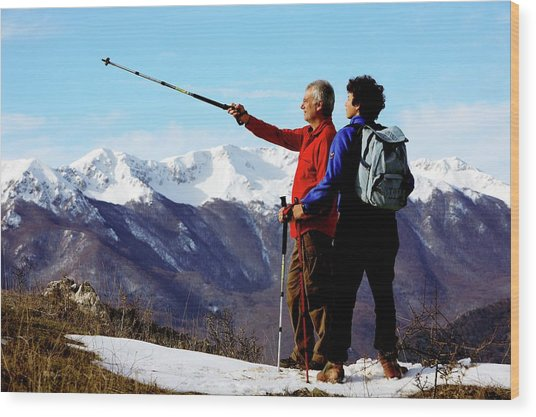 Hikers Wood Print by Mauro Fermariello/science Photo Library