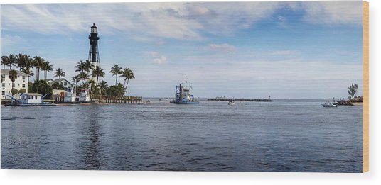 Hillsboro Inlet Lighthouse Panorama Wood Print