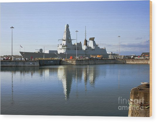 Hms Dauntless Wood Print