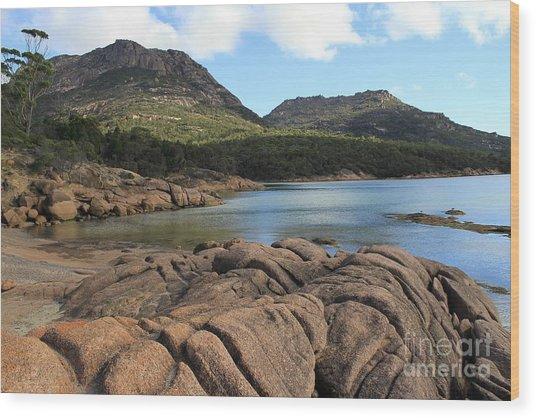 Honeymoon Bay Tasmania All Profits Go To Hospice Of The Calumet Area Wood Print