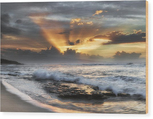 Ho'okipa Sunset Wood Print