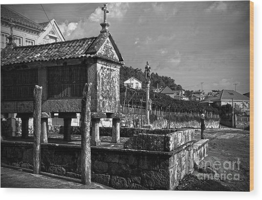 Horreo And Cruceiro In Galicia Bw Wood Print