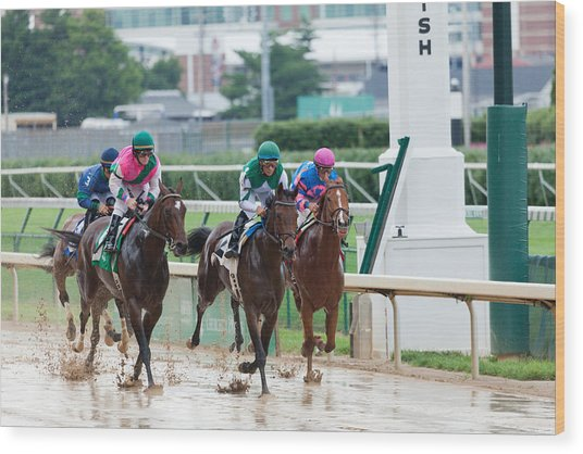 Horse Races At Churchill Downs Wood Print