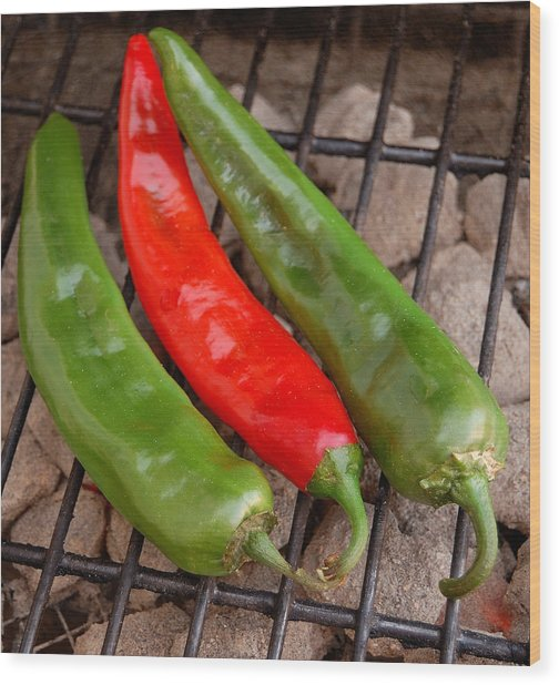 Hot And Spicy - Chiles On The Grill Wood Print