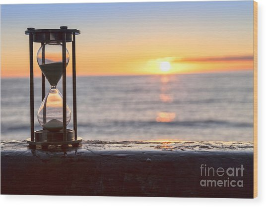 Hourglass Sunrise Wood Print by Colin and Linda McKie