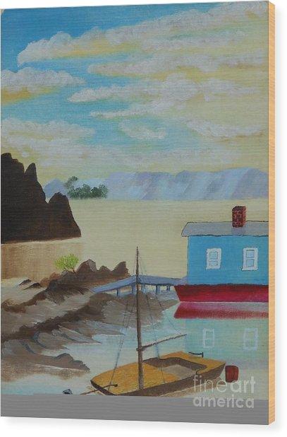 Houseboat Harbor Wood Print