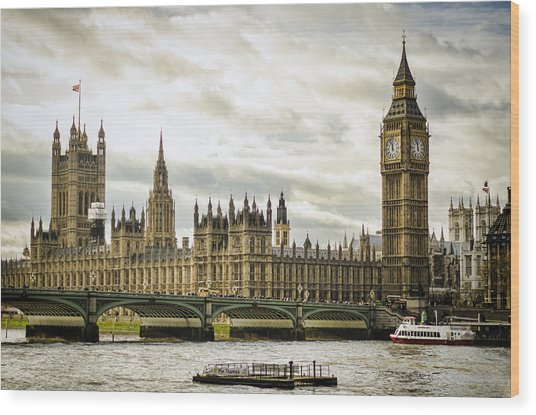 Houses Of Parliament On The Thames Wood Print