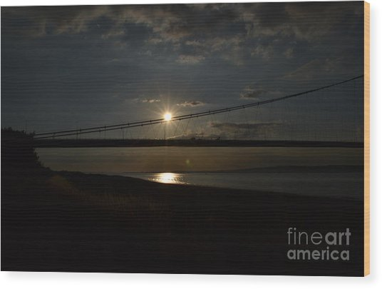 Humber Bridge Sunset Wood Print