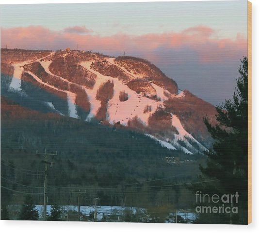 Hunter Mountain Morning Wood Print