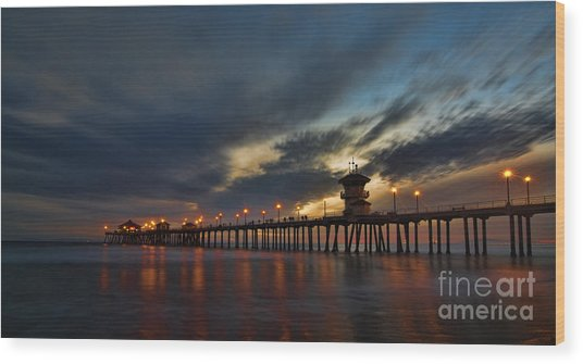 Huntington Beach At Night Wood Print