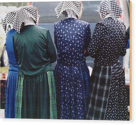 Hutterite Women At The Market Wood Print