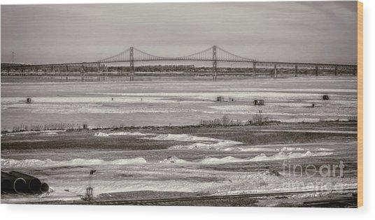 Ice Fishing On The Saint Lawrence River Wood Print
