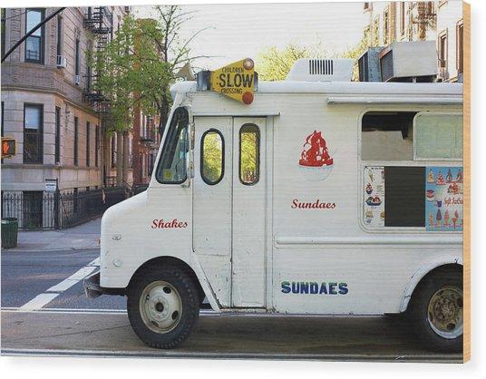 Icecream Truck On City Street Wood Print