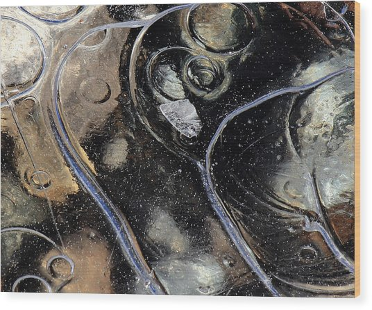 Icy Bubbles Wood Print