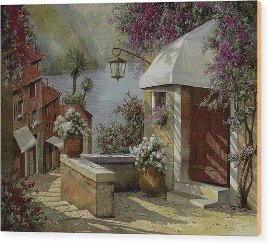 Il Lampione Oltre La Tenda Wood Print