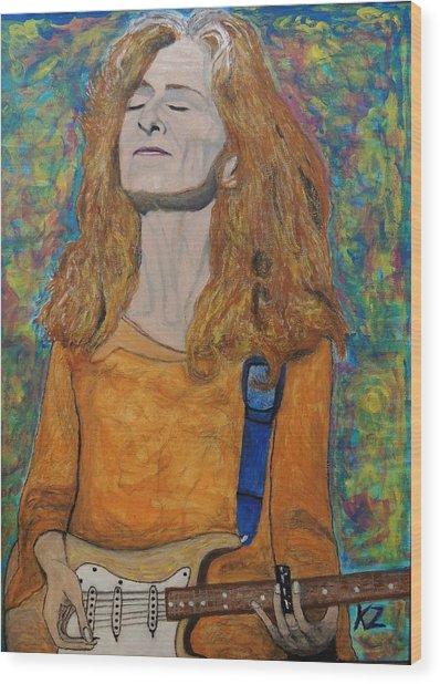 I'm In The Mood For Bonnie Raitt. Wood Print
