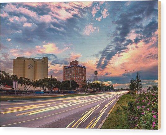 Imperial Sugar Factory At Rush Hour Wood Print