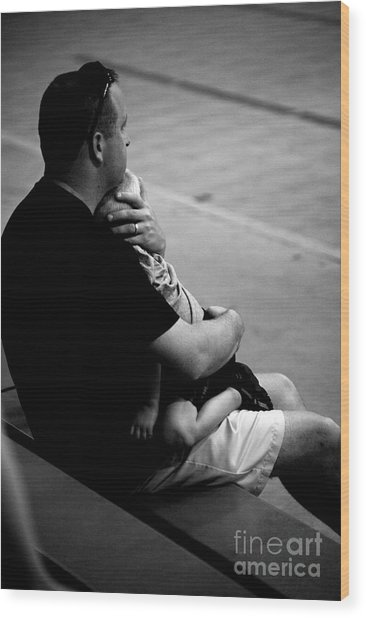 In Daddy's Arms Wood Print