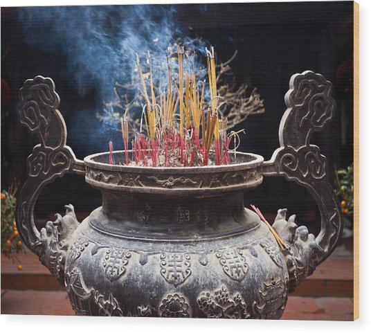 Incense Sticks Burn In Large Ceremonial Temple Urn Wood Print