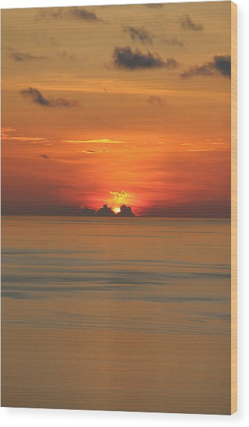 Wood Print featuring the photograph Indian Ocean Sunset  by Debbie Cundy