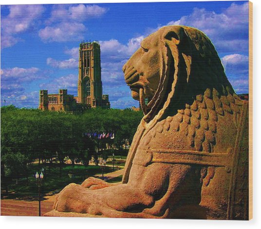 Indianapolis War Memorial Lion Wood Print
