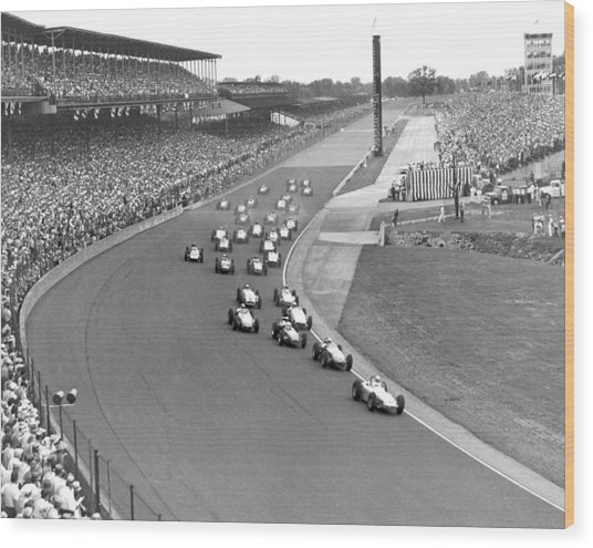 Indy 500 Race Start Wood Print