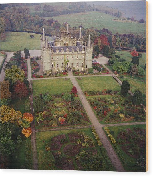 Inverary Castle Wood Print by Skyscan/science Photo Library