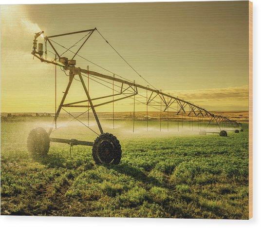 Irrigator Machine At Palouse Wood Print by Chinaface