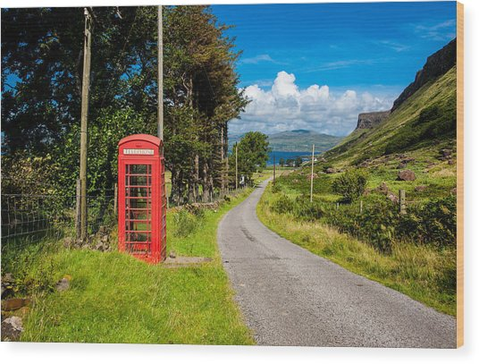 Traditonal British Telephone Box On The Isle Of Mull Wood Print