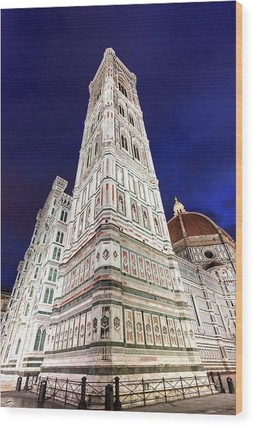 Italy, Tuscany, Florence, Low-angle Wood Print by Henryk Sadura/tetra Images