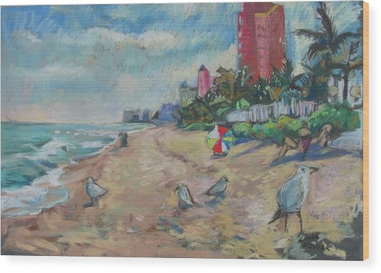 Jaunty Beach Birds Wood Print