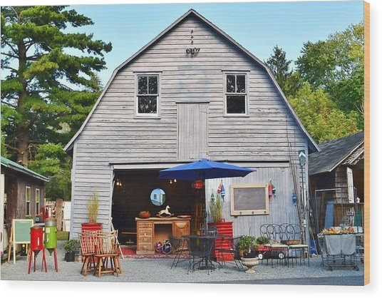 The Old Barn At Jaynes Reliable Antiques And Vintage Wood Print
