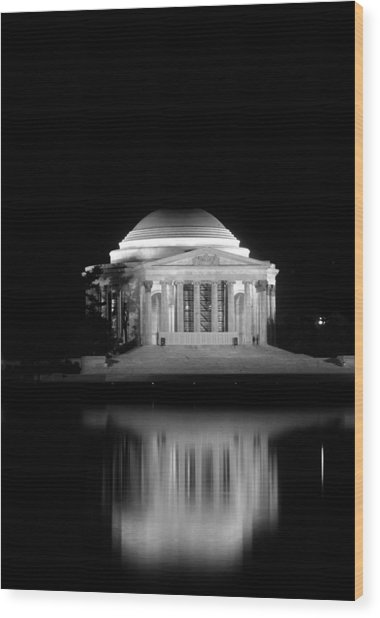 Jefferson Memorial At Night In Black And White Wood Print