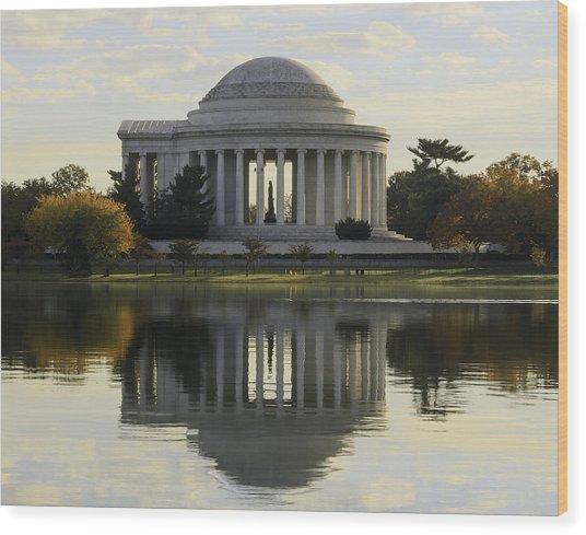Jefferson Memorial In Autumn Wood Print