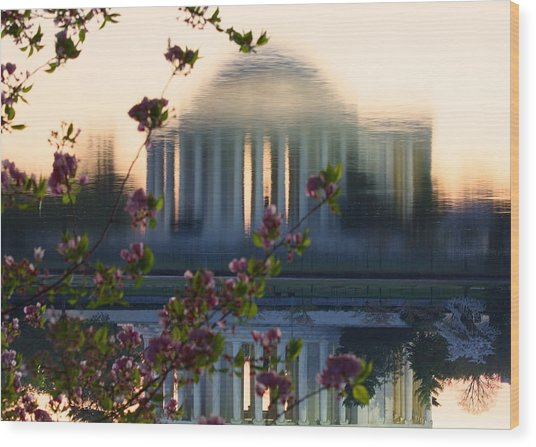 Jefferson Memorial Reflection With Cherry Blossoms Wood Print