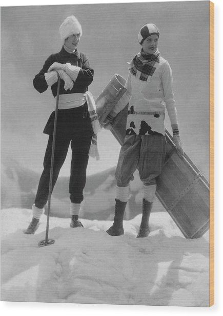 Joan Clement And Lee Sherman In The Snow Wood Print