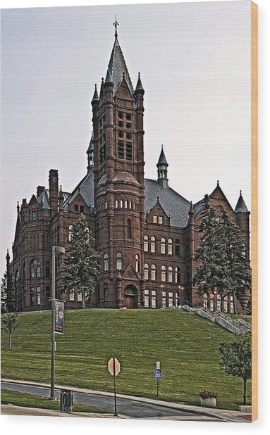 John Crouse Memorial College For Women Wood Print