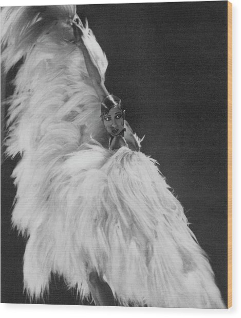 Josephine Baker Wearing A Feather Costume Wood Print