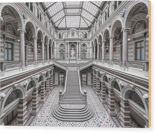 Justizpalast, Vienna. Wood Print