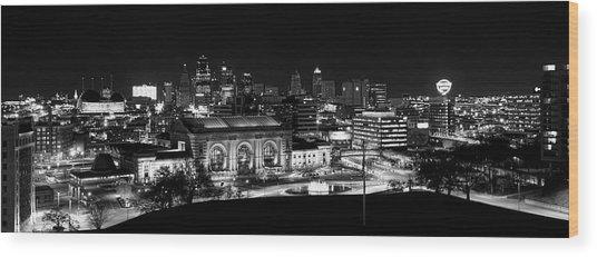 Kansas City In Black And White Wood Print