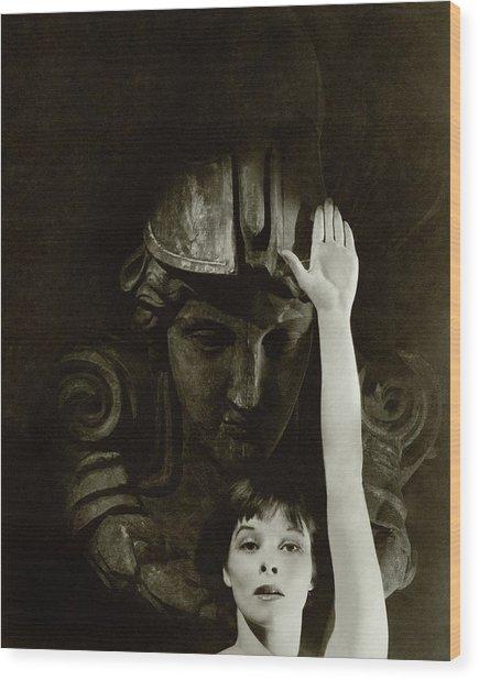 Katharine Hepburn Raising Her Hand Wood Print